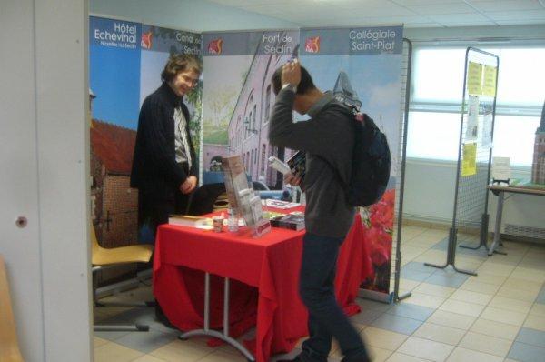 Forum des Weppes 2012 à Marquillies : dans les stands