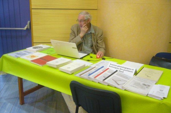VI° forum d'histoire et de généalogie de Fruges : quelques membres de Weppes en Flandre rencontrés dans les stands