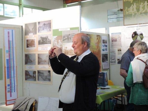 Forum des Weppes à Warneton : l'arroseur arrosé (un grand merci à Sylvie Leboeuf)