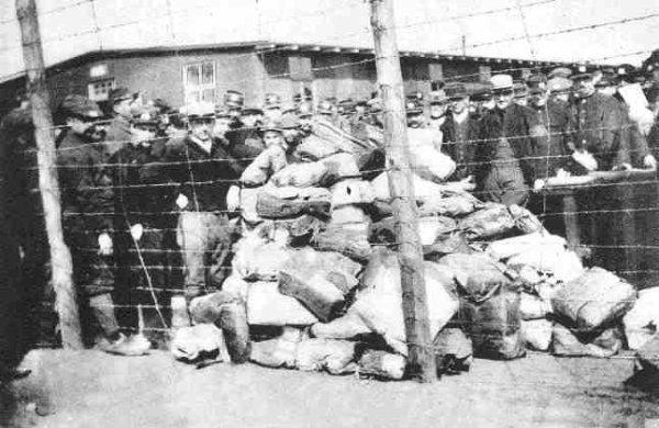 Première Guerre mondiale : comment correspondre avec les prisonniers de guerre ?