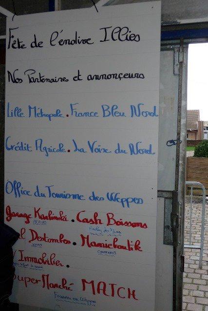 Quand les adhérents de Weppes en Flandre exposent à Illies (reportage Chantal Dhennin)