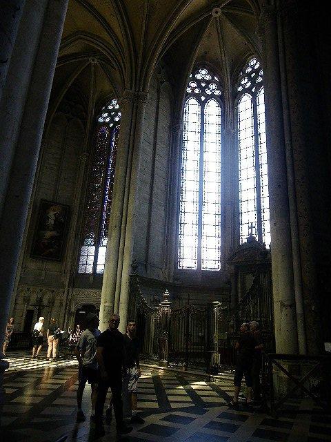"""Dans la série """"Les Weppiens en vacances"""", Marie-Thérèse Désert d'Hantay a visité la cathédrale d'Amiens et ses environs"""