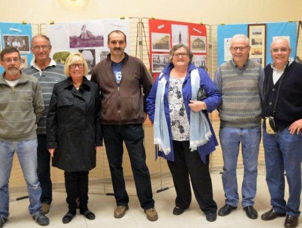En ce 11 novembre 2015, la commune de Saint-Nicolas de Bourgueil a reçu une délégation de celle d'Illies, de notre pays de Weppes (article de la Nouvelle République du Centre)