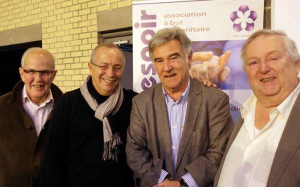 Fleur d'Espoir au salon du Livre de Loos, au mois de novembre, reçoit la visite de célébrités venues les soutenir, comme Philippe Candeloro