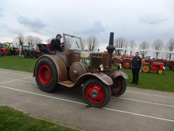 La fête de printemps de Tracteurs en Weppes : déambulation photographique dans un succès populaire renouvelé d'année en année