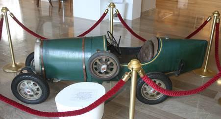 Le Musée de la Poupée et du Jouet ancien fête Noël à la Lomprethèque... de Lompret