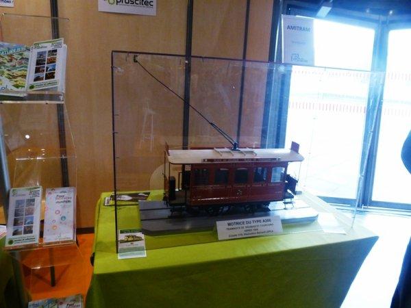 Ce week-end, Le musée de la rubanerie de Comines était présent à Tourissima