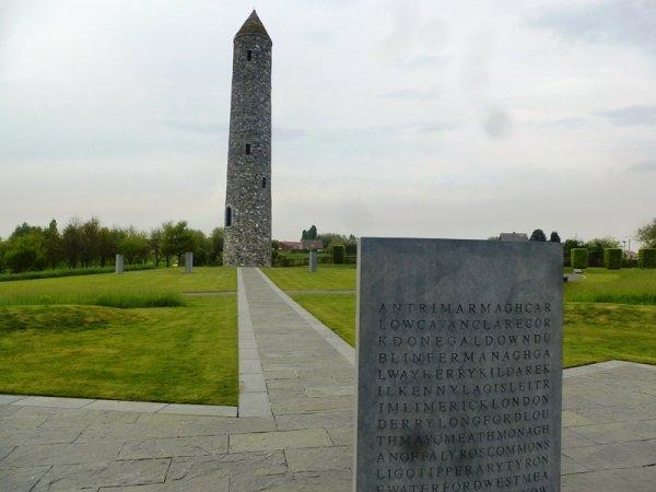 Weppes en Flandre visite les lieux de mémoire autour de Ploegsteert et du mont Kemmel