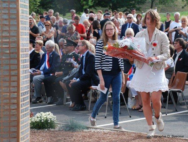 Loos-en-Gohelle inaugure son nouvel arbre de la liberté