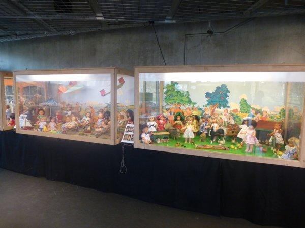 Les poupées de Modes et Travaux