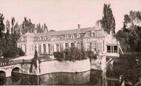 A la recherche des origines du château Agache à Pérenchies