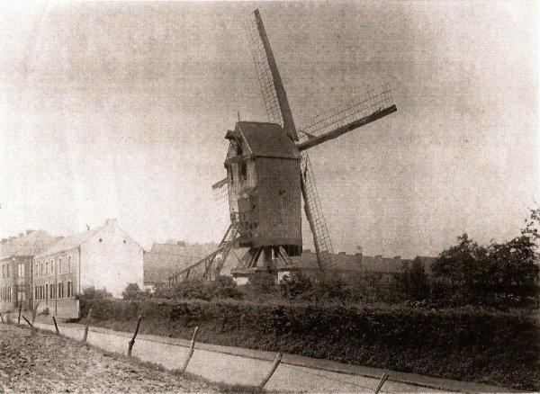 Les moulins à vent du pays de Weppes sont présents dans la série S des Archives départementales du Nord