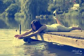 """"""" Il ne faut pas tenter de ranimer l""""amour éteint. Il n'y a rien à faire qu'à oublier quelqu'un qui cesse de vous aimer."""""""