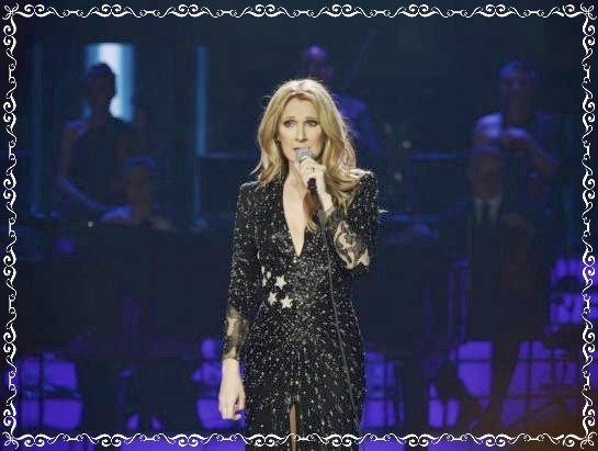 Céline Dion est remontée sur scène, un mois après la mort de son mari
