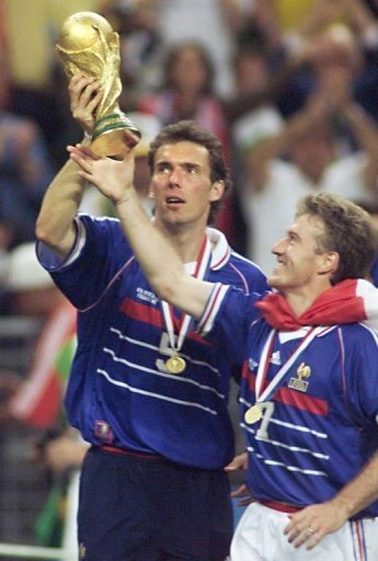 Equipe de France : Didier Deschamps nommé sélectionneur