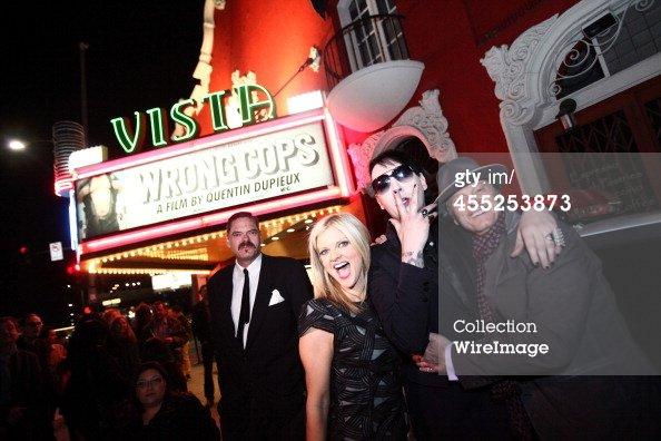 Mark Burnham, Arden Myrin, Marilyn Manson  invité assister en Californie présente les GenArt