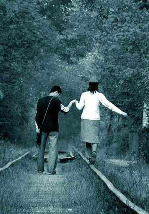 °•.♥.•° إننى قلباً عاشقاً يخااف الفراق °•.♥.•°