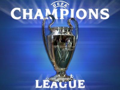 CHAMPIONS LEAGUE EUROPEEN/ LYON ARRACHE LE POINT DU NUL