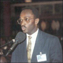 HOMMAGE À TAVIO TOBIAS AYAO AMORIN (1958 – 1992)