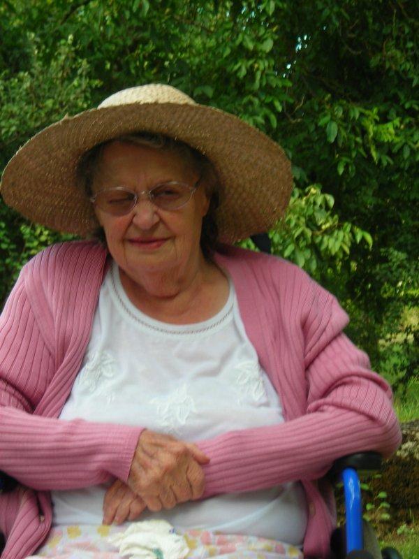 Ma grand mere etait la femme la plus merveilleuse au monde