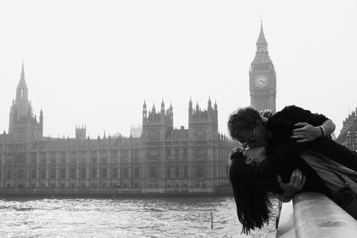 Quand on aime une personne, on l'aime jusqu'à ce que notre coeur ne veuille plus d'elle