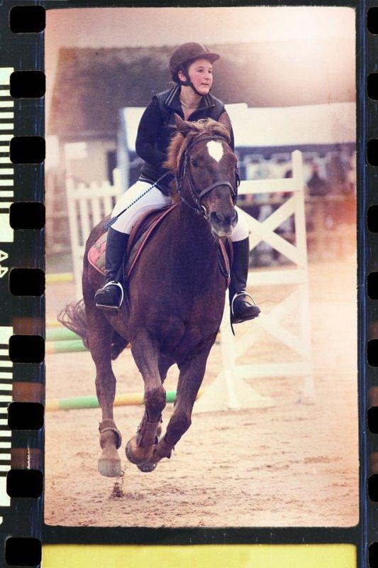 """""""La seule manière de cesser de souffrir, c'est de n'avoir plus que du vide dans la tête. La seule manière de se vider la tête à fond, c'est d'aller le plus vite possible, c'est de lancer son cheval au galop."""""""