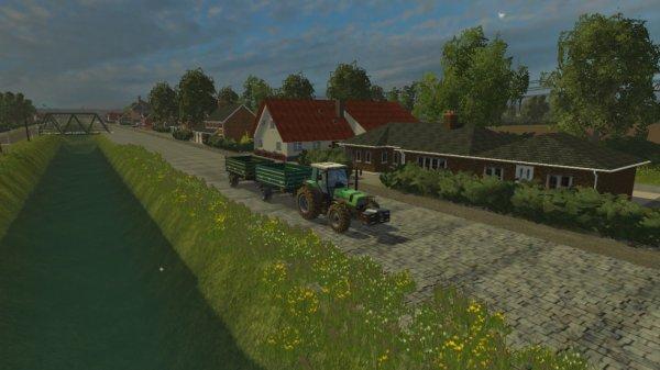 me voici dans la map papenburg et j emmène les bennes au champs