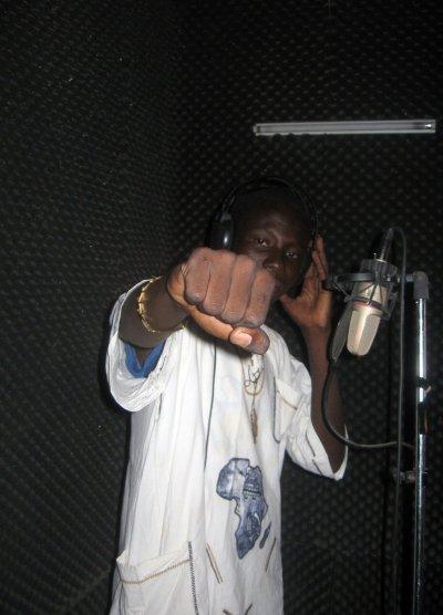 COME BACK:Retour au Studio et tournage d'un clip Promo à cotonou