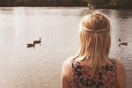 Ettendre ton rire comme on enttend la mer, s'arreter ... puis r'partir en arrière.