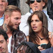 M. Pokora amoureux et supporter très tendre avec sa jolie brune à Roland-Garros