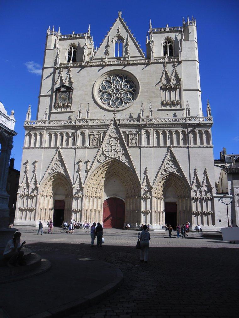 Ville de LYON, département 69 (centre est de la France)