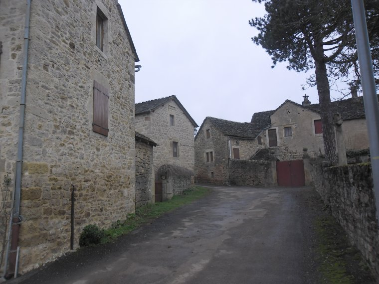 CORNUEJOULS, un village de charme dans l'Aveyron.