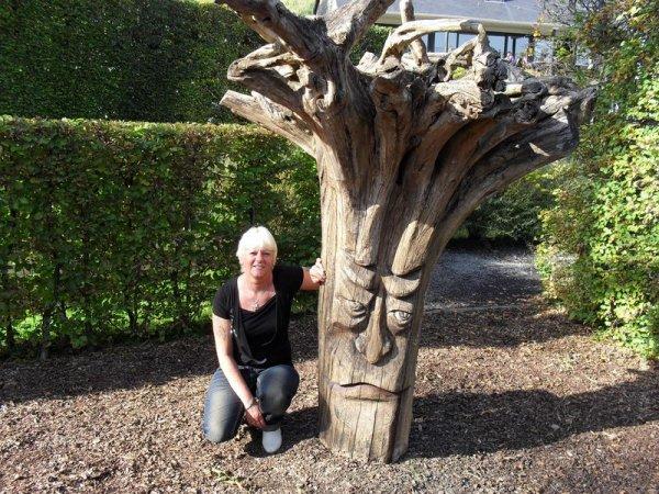 L'arbre qui murmurait à l'oreille des femmes...