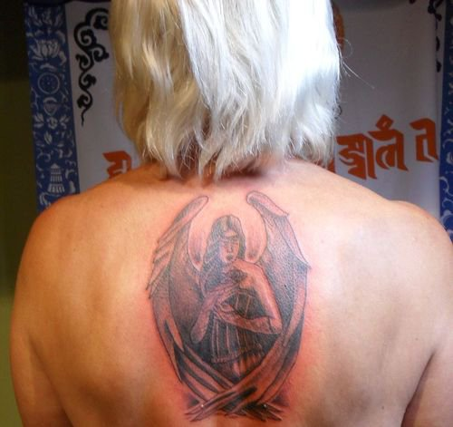 mon nouveau  tatouage fait hier .......................