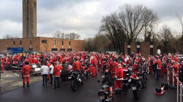 Balade moto des pères Noël