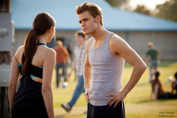 "Stills de l'épisode 3x06 de TVD ""Smells Like Teen Spirit"""