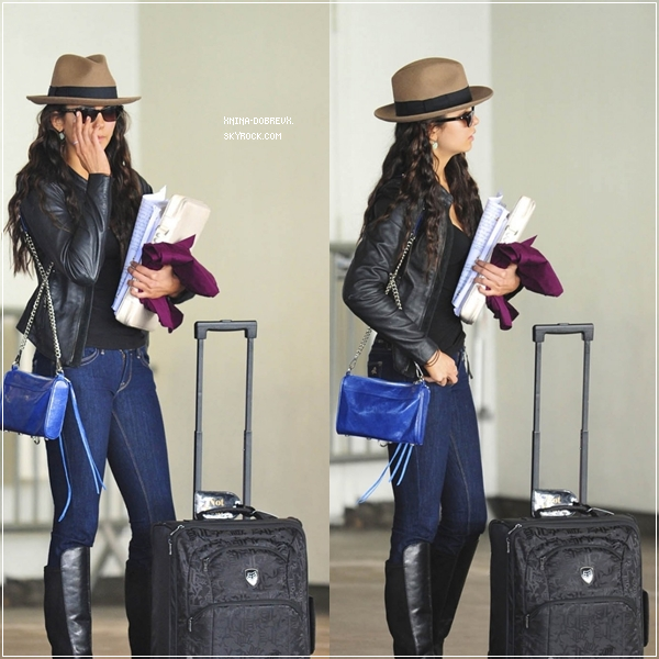 23/02/12 Nina à l'aéroport de Los Angeles