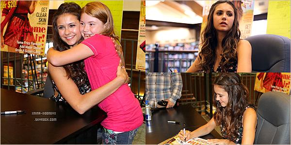 15 Sept.Pendant sa pause de tournage Nina à été signer des autographes