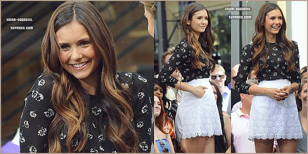 27 Sept.Nina arrivant à l'émission Extra à LA où elle à fait la promo de The Perks of Being a Wallflower.