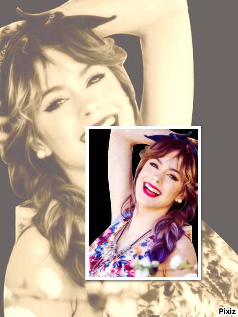 Martina Stoessel as Violetta (Prise)