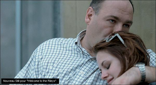 """* """"Welcome to the Rileys"""" ou Kristen joue le rôle de Mallory a été nominé au festival de Deauville. Voici tous les document présentant le film. (en Français !)________ Je rappelle également que ce film sortira dans nos salle le 15 novembre 2010.*"""
