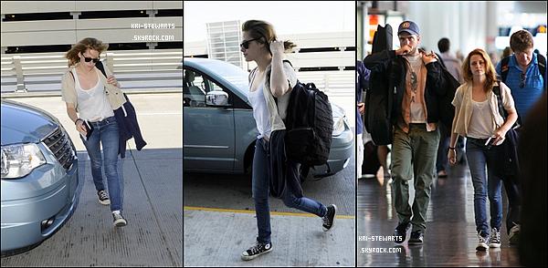 * 17.08:__ Kristen et Robert (ensemble) ont été aperçu à l'aéroport de Montréal (Canada) direction Los Angeles.__________ Notons que Robert, jouant l'homme parfait, a été voir sa petite amie pour la soutenir lors de son tournage à Montréal.*