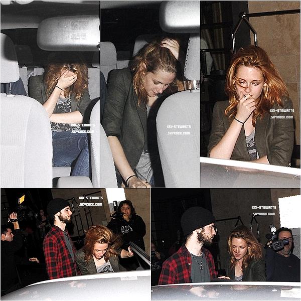 * 08.10: Kristen partant, en compagnie de Robert et Tom Surridge (meilleur ami de Robsten) dans Los Angeles  *