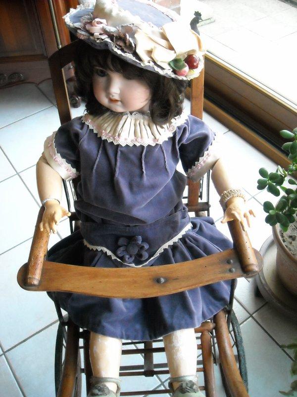 poupée SFBJ jumeau n° 16 - taille 90 cms avec poussette