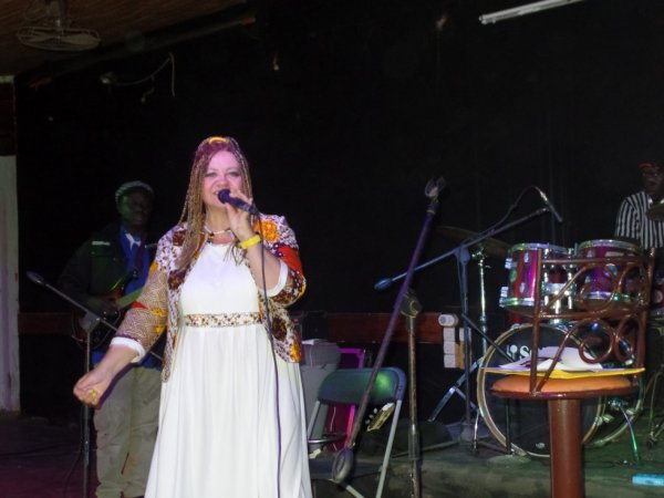 concert a Dakar au Just4U