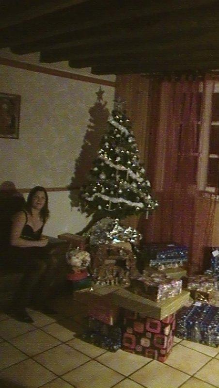 Le soir de Noël avec tous les cadeaux de tout le monde et moi !