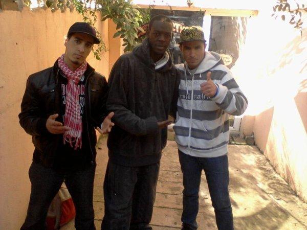 moi et mon pot muslim a gauche avec titoo un rappeur congolais