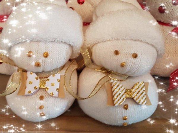 """3 décembre 17-  la famille """"Bonhomme - chaussette """""""