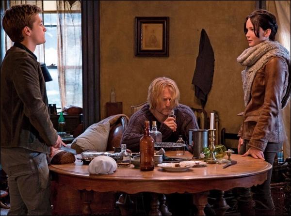 . Voici plein de nouveaux stills pour Hunger games 2 : Catching  Fire dont la sortie se rapproche .