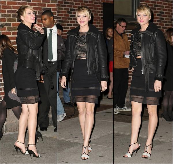 .   20/11/2013 :  Jennifer était l'invité de l'émission 'Late Show with David Letterman' à New York city  .